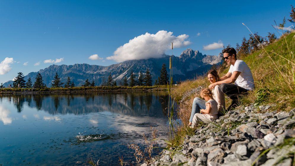 Familienurlaub an einem Bergsee im Kaisergebirge, Österreich