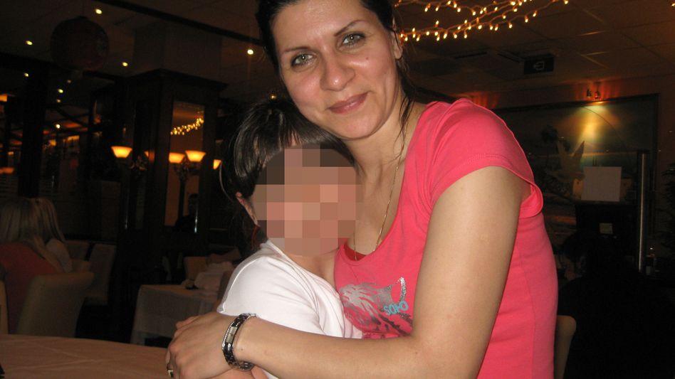 """Balvasi mit ihrer Tochter in den Niederlanden: """"Ich wollte stark sein für mein Kind"""""""