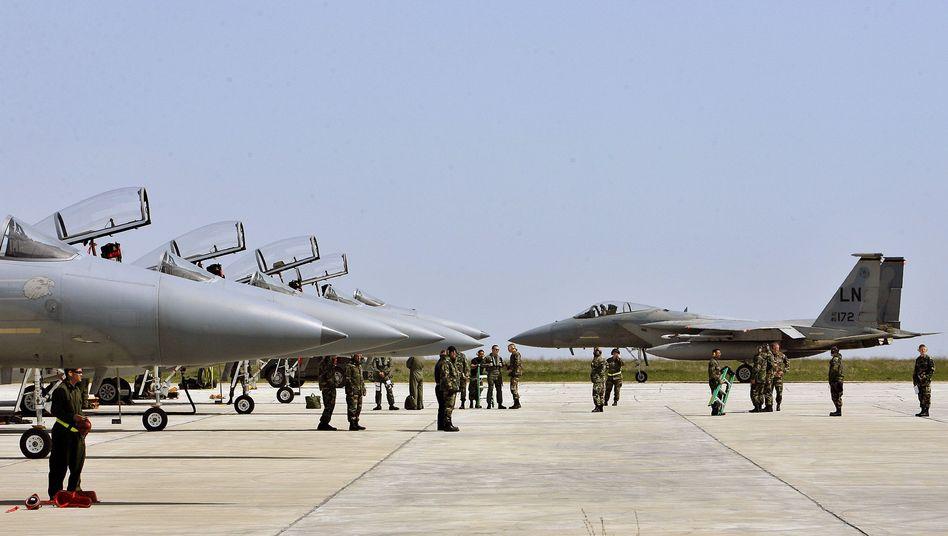 F-15-Kampfjets (Archivbild von einer rumänischen Militärbasis)
