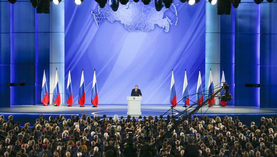 Wladimir Putin spricht zum 16. Mal als Präsident zur Lage der russischen Nation