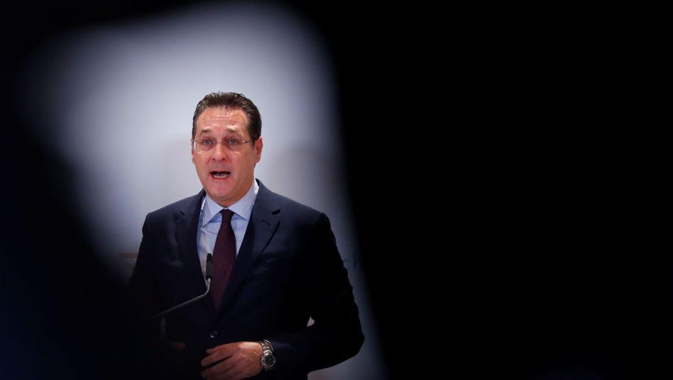 """Österreichs Ex-Vizekanzler Heinz-Christian Strache: """"A b'soffene G'schicht"""""""