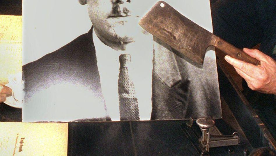 Porträt des Massenmörders Fritz Haarmann: Mit diesem Hackbeil zerteilte er wahrscheinlich seine Opfer