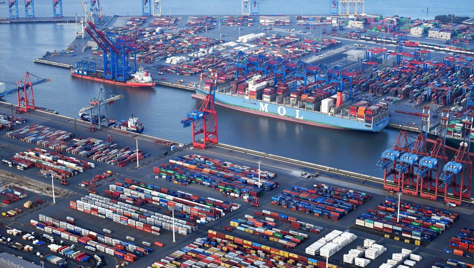 Container in Hamburg: Der Hafenbetreiber sucht nach Ausweichflächen