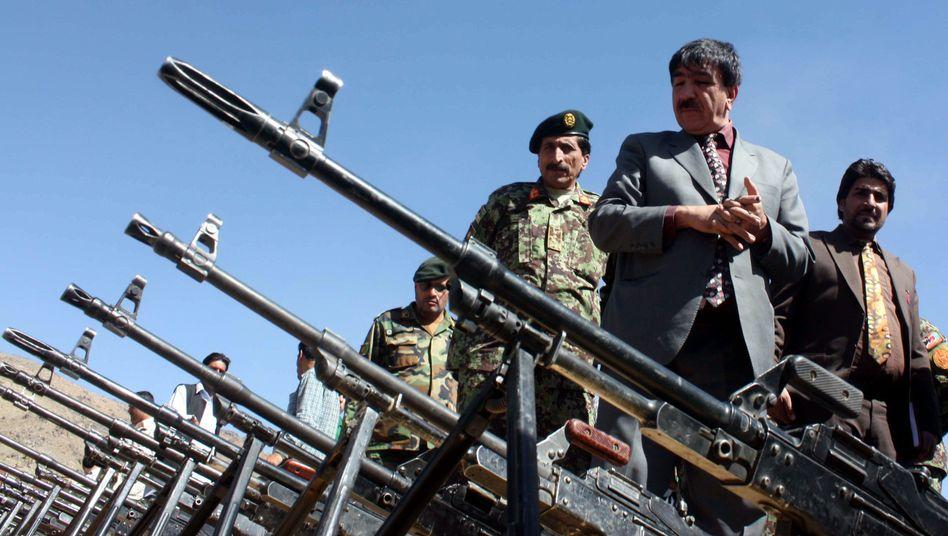 Beschlagnahmte Waffen privater Sicherheitsfirmen: Störrischer Präsident