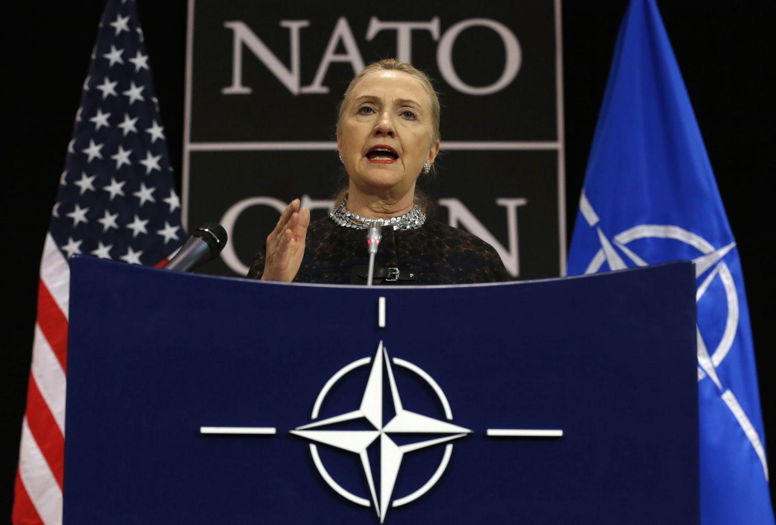 Clinton Nato