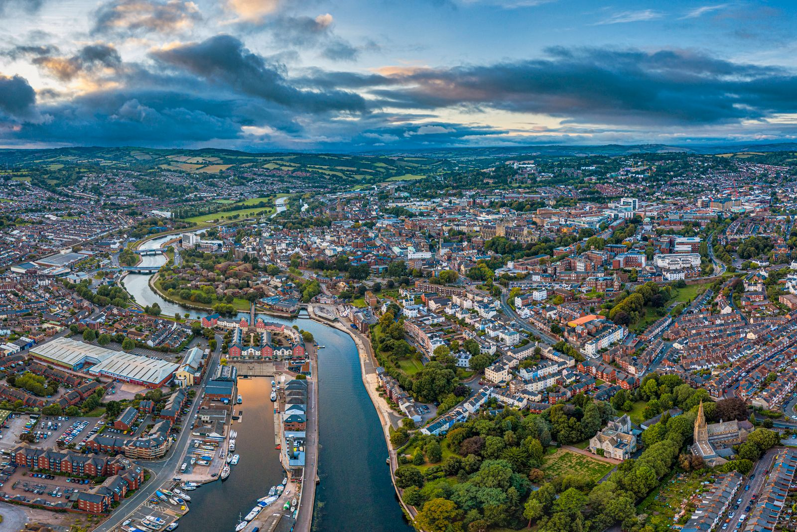 Aerial view over Exeter city centre and the River Exe, Exeter, Devon, England, United Kingdom, Europe PUBLICATIONxINxGER