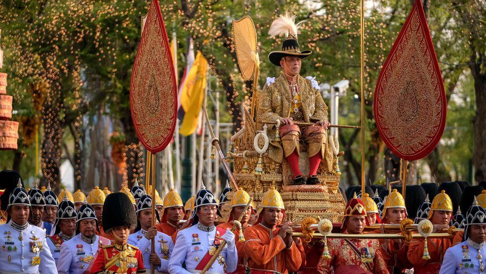 Krönungszeremonie von Thailands König Vajiralongkorn