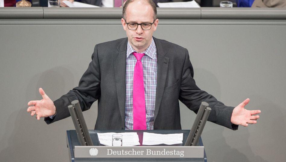"""CDU-Abgeordneter Brand: """"Es reicht, wenn die Wirtschaftskapitäne den Chinesen die Schuhe putzen"""""""