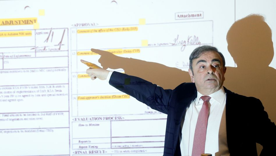 Carlos Ghosn bei einer Pressekonferenz in Beirut: Dokumente, die seine Unschuld belegen sollen
