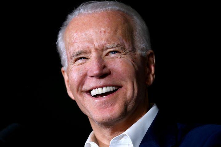 Joe Biden: Die Haut glatt, der Körper fit, das Lächeln strahlend