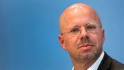 AfD-Vorstand schließt Kalbitz aus Partei aus