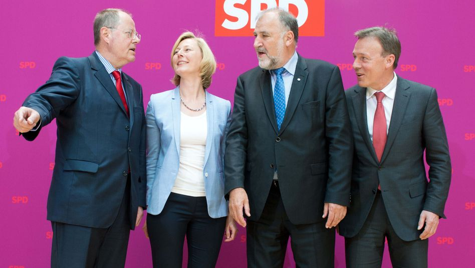 Steinbrücks Kompetenzteam: Mann vom Bau, Frau fürs Web