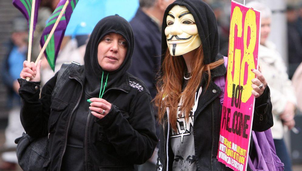 G-8-Gipfel in Nordirland: Großes Polizeiaufgebot, wenig Demonstranten