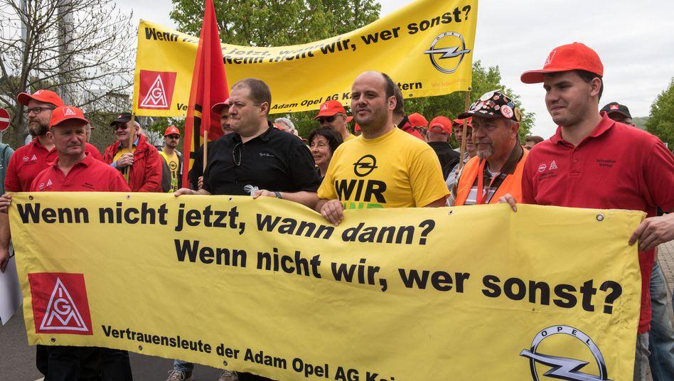 Opelaner protestieren in Eisenach, Thüringen