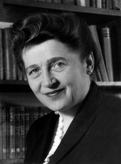 Annedore Leber