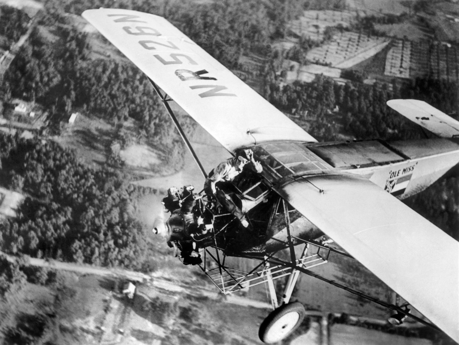 New In-Flight Endurance Record By The Key Brothers In 1935