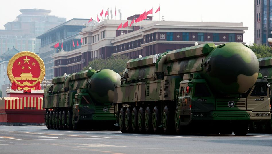 China präsentiert seine Trägersysteme für Atomwaffen (Archivfoto 2019)