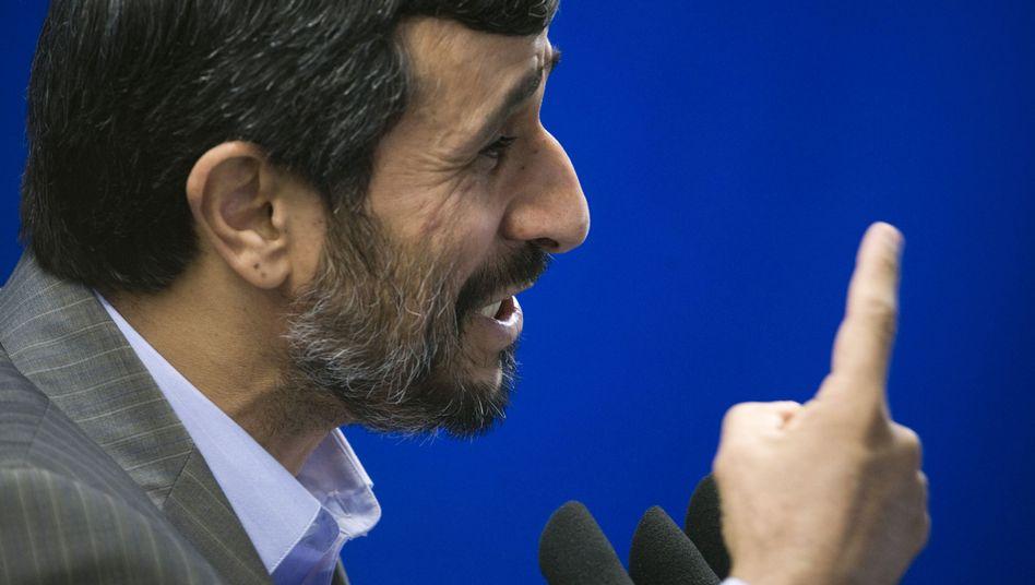 """Irans Präsident Ahmadinedschad: """"So Gott will wird die 20-Prozent-Anreicherung beginnen"""""""