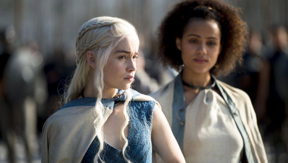 """Serien-Hype: """"Game of Thrones"""" startet in die fünfte Staffel"""