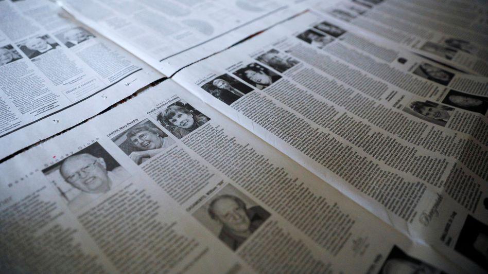 """Seitenweise Kurznachrufe im """"Boston Globe"""": Virtuelle Gedenkwände, die den Opfern ein Gesicht geben"""