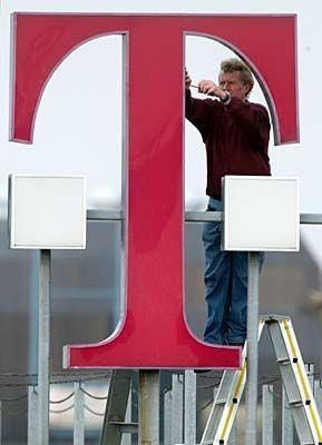 Telekom-Logo: Basteln an neuen Strategien für das US-Geschäft