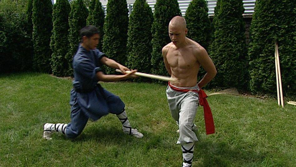 Kämpfen für Buddha: Julians harter Weg zum Shaolin-Mönch