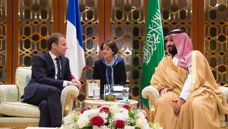 Emmanuel Macron (r.) und Mohammed bin Salman (l.)