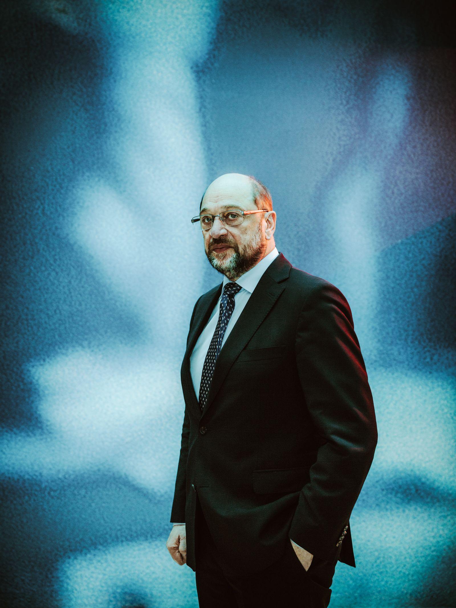 EINMALIGE VERWENDUNG SPIEGEL Plus SPIEGEL 49/2017 S.20 Schulz-Interview STARTBILD