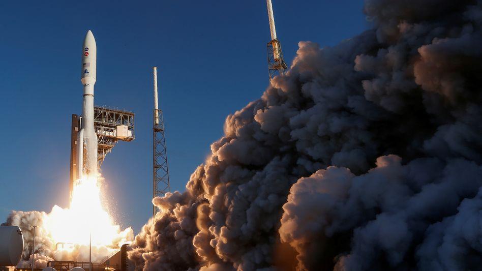 """Die Rakete mit dem Mars-Rover """"Perseverance"""" startete am Donnerstagmorgen (Ortszeit) von Cape Canaveral aus"""
