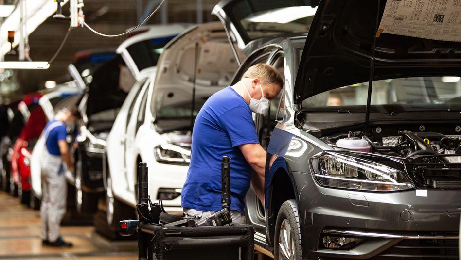 Volkswagen setzt an seinen Standorten mehr auf PCR- statt auf Selbsttests