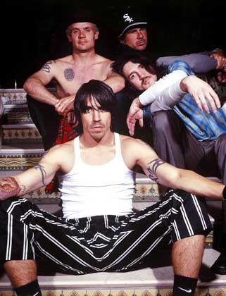 Rocktruppe Red Hot Chili Peppers: Drogen geteilt, Gewinne vervielfacht