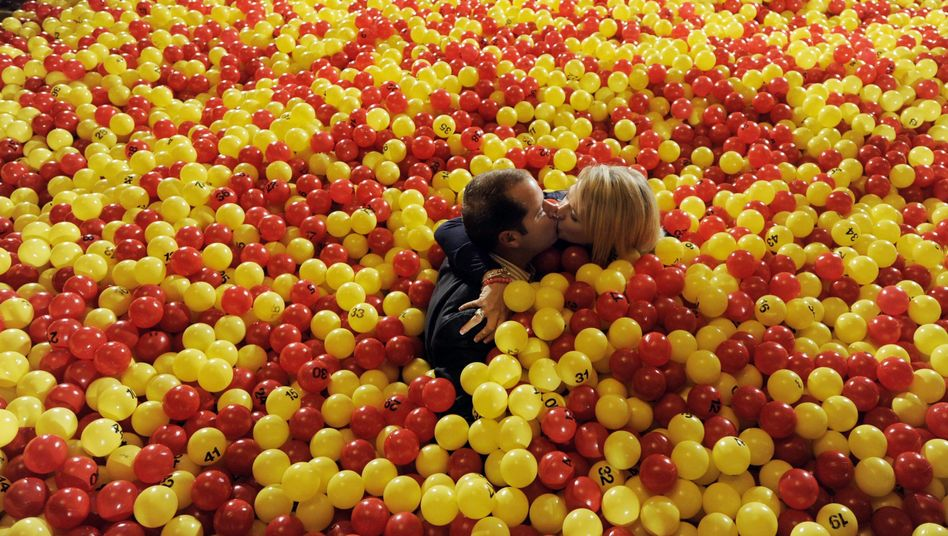 Küssendes Paar (Lottogewinner in den USA, Februar 2010): Wirkung wie Drogen