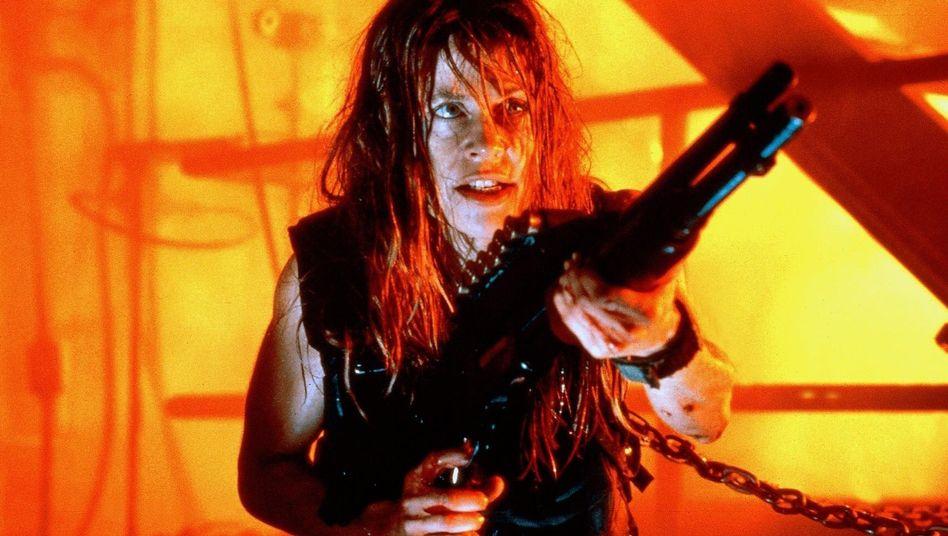 """Linda Hamilton in """"Terminator 2"""""""