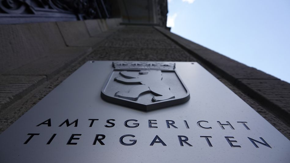 Amtsgericht Berlin-Tiergarten: Die Staatsanwaltschaft wirft dem Arzt vor, Patienten sexuell missbraucht zu haben