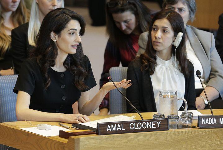 Menschenrechtsanwältin Amal Clooney (l.) und Friedensnobelpreiträgerin Nadia Murad