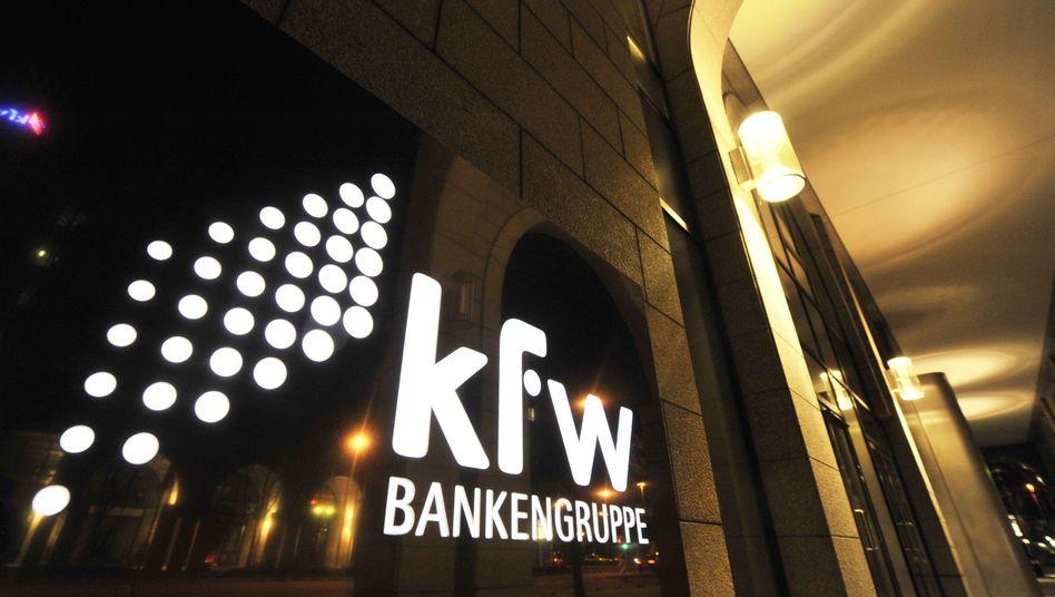 Sitz der KfW in Frankfurt: Bankengruppe hat bislang 200 Millionen Euro erstattet bekommen
