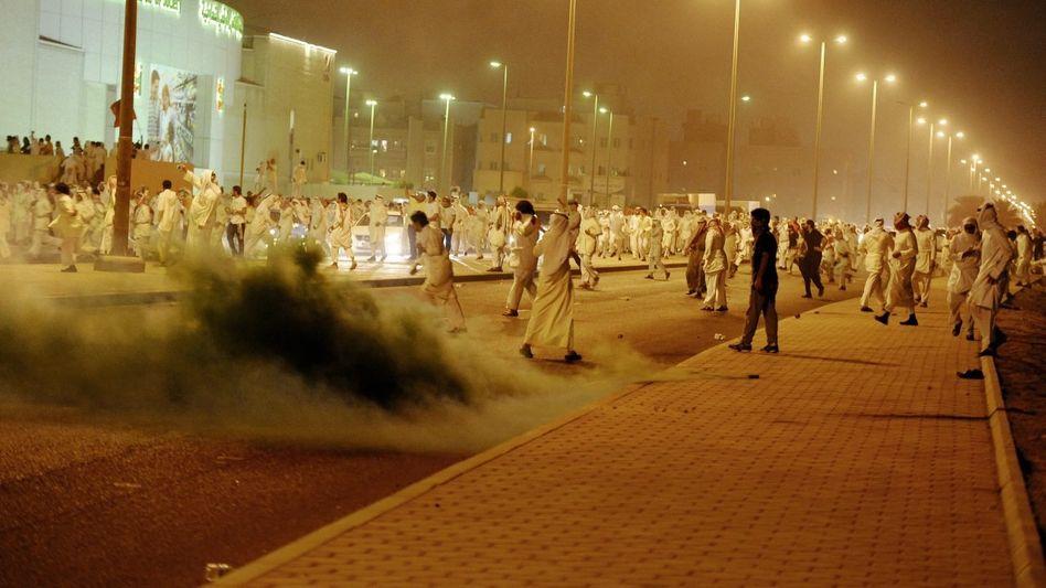 Protestierer in Kuwait im April