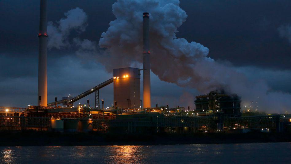 Kokswerk von ThyssenKrupp in Duisburg: EU-Kommission will Streit beilegen