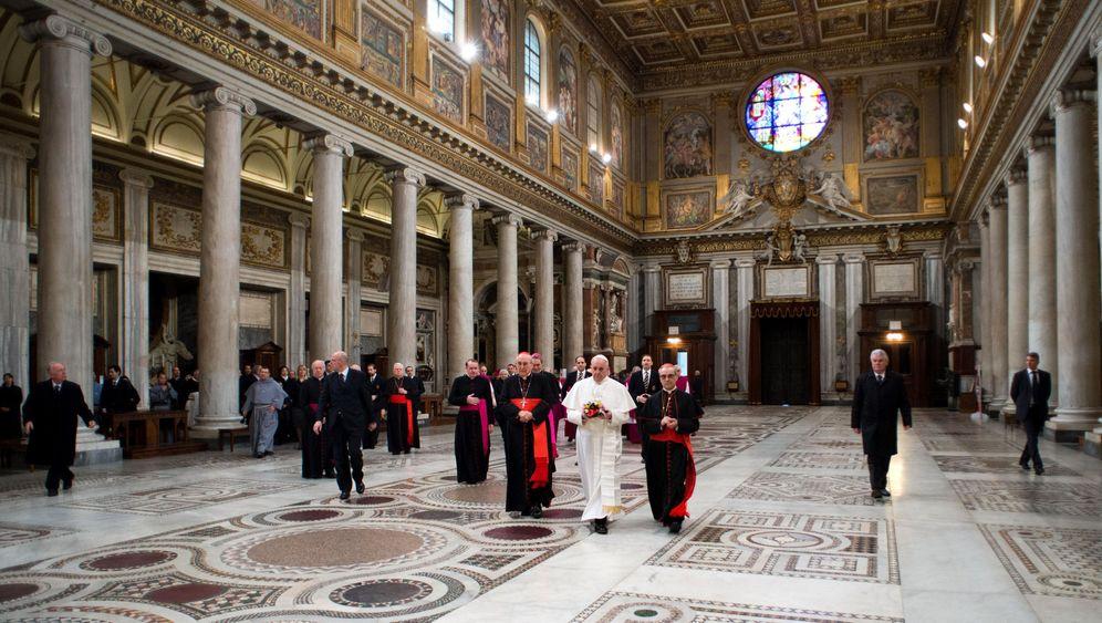 Neuer Papst: Franziskus' erster Tag im Amt