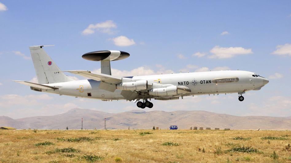 In Konya stationierte Awacs-Flugzeuge