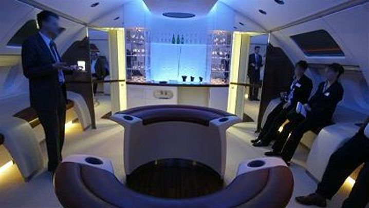 The New A380: Crossing the Skies in High Style: Making the Miles Fly By