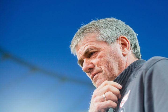 Trainer Friedhelm Funkel musste im Januar gehen