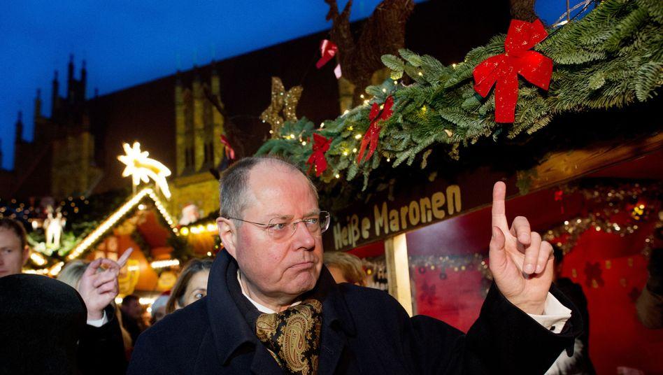 Peer Steinbrück auf dem Weihnachtsmarkt in Hannover: Tweets fürs Wahlvolk