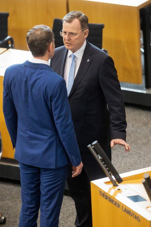 Bodo Ramelow (r.) und Björn Höcke im Erfurter Landtag