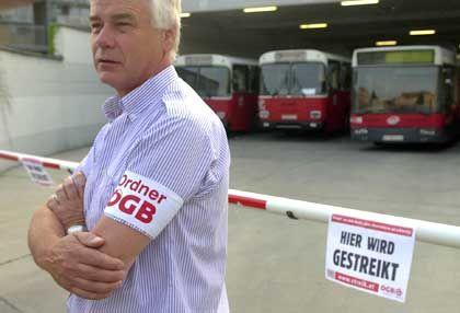 Größter Streik seit 1945: In Österreich protesitern die Gewerkschaften gegen die Rentenreform