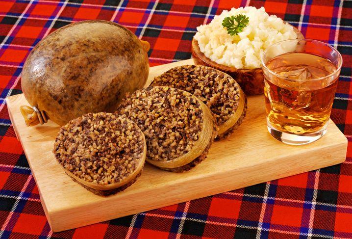 Schottland kulinarisch: Haggis mit Steckrübenpüree und Whisky