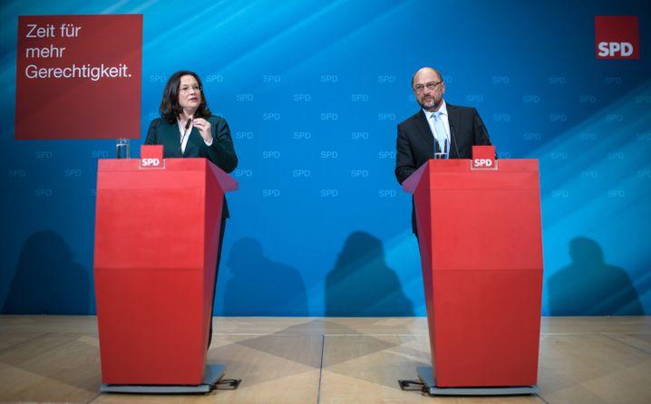 SPD-Sozialministerin Andrea Nahles, SPD-Chef Schulz bei Präsentation des Rentenkonzepts