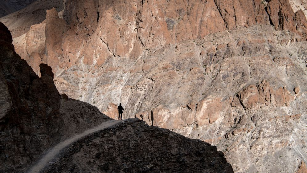 Trekkingtour in Zanskar: Durch Flüsse, über Pässe