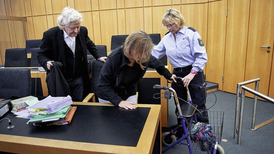 Angeklagte Katja R. (M.) vor Gericht