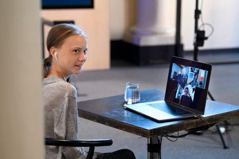 Greta Thunberg bei einer Videokonferenz